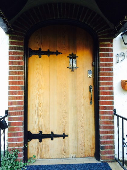 The adorable front door that Tim is determined to find for our house.